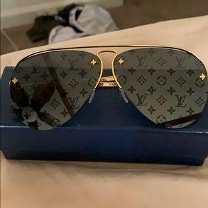 Louie aviator sunglasses ( men and woman)